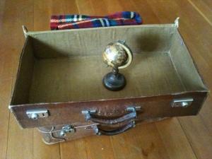 Leerer Koffer, Foto: © Petra Gust-Kazakos